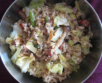 Cabbage, Krill and Mushroom Mixed-Grain Rice 五谷杂菜饭