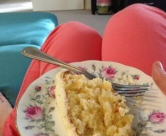 Taste of Summer: Pineapple Coconut Cake