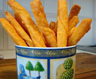 Cheese straws .... a late start to the new year !