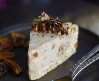 Candied Pecan Cheesecake