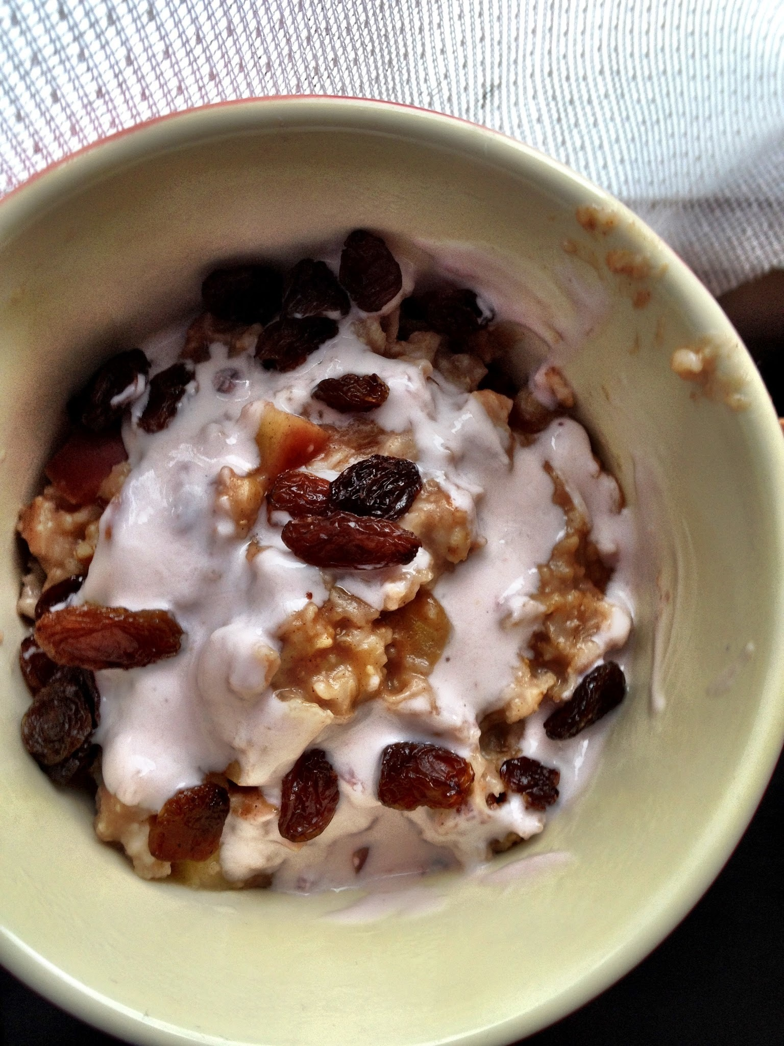 Christmas Breakfast Idea- Apple and Cranberry Rice Cooker Porridge