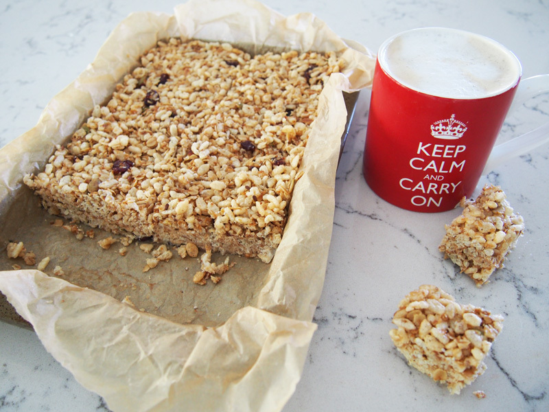 Healthy Breakfast Bars – refined sugar free for breakfasts on the go