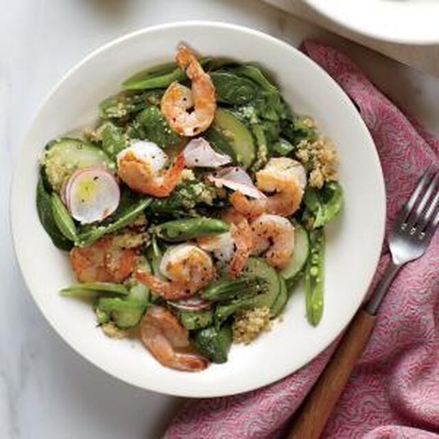 Spinach and Quinoa Salad with Shrimp