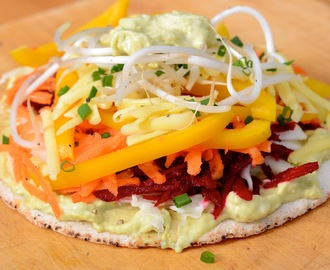 raw sandwich pizza