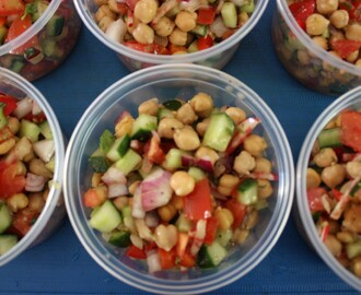 Chickpea Salad with Summer Vegetables