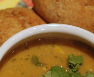 Thai flavoured harlequin squash and lentil soup