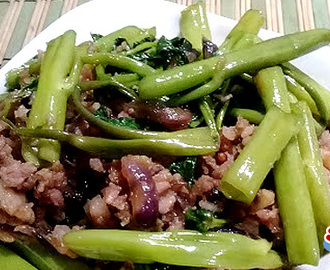 Adobong Kangkong with Longanisa