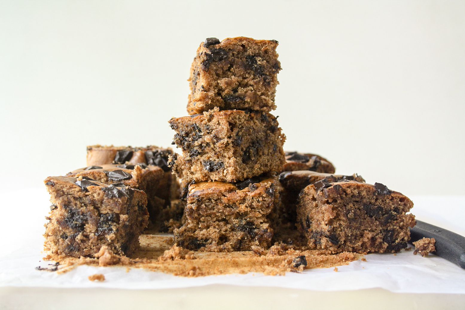 Wholewheat Almond Butter Blondies