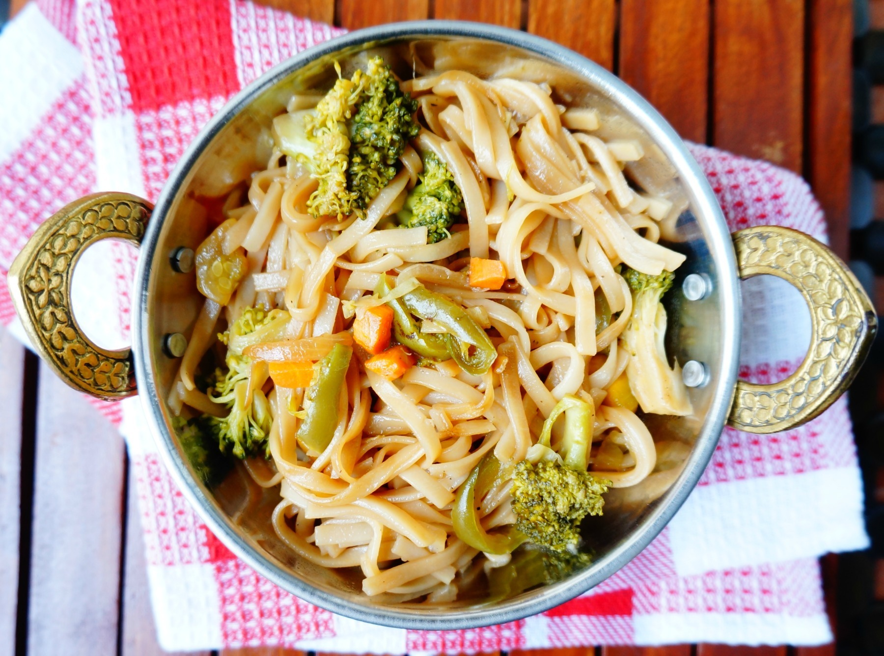 Recipe of Chinese style Rice broccoli noodles