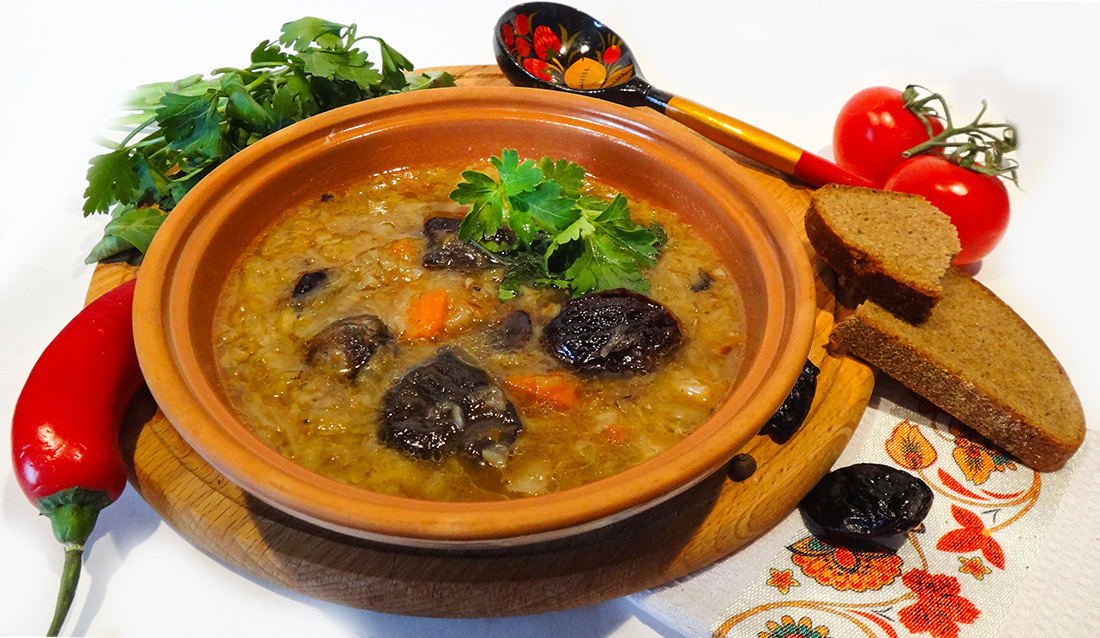 Постные щи (Shchi — Mushroom Vegetable Soup)