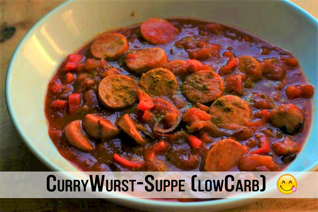 Würzige Low Carb Currywurst Suppe
