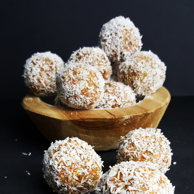 Worteltaart energieballetjes (Carrot Cake Bliss Balls)