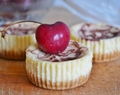 Mini Cheesecakes con marmolado de cereza