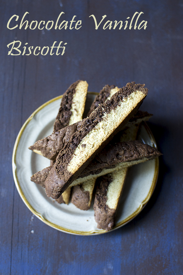 Chocolate Vanilla Biscotti for #Choctoberfest2016