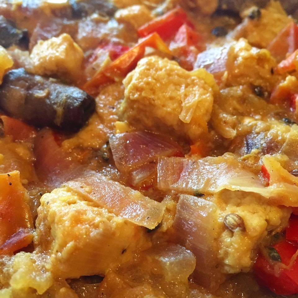 "VEGGIE PEPPER ""CHICKEN"" CURRY"