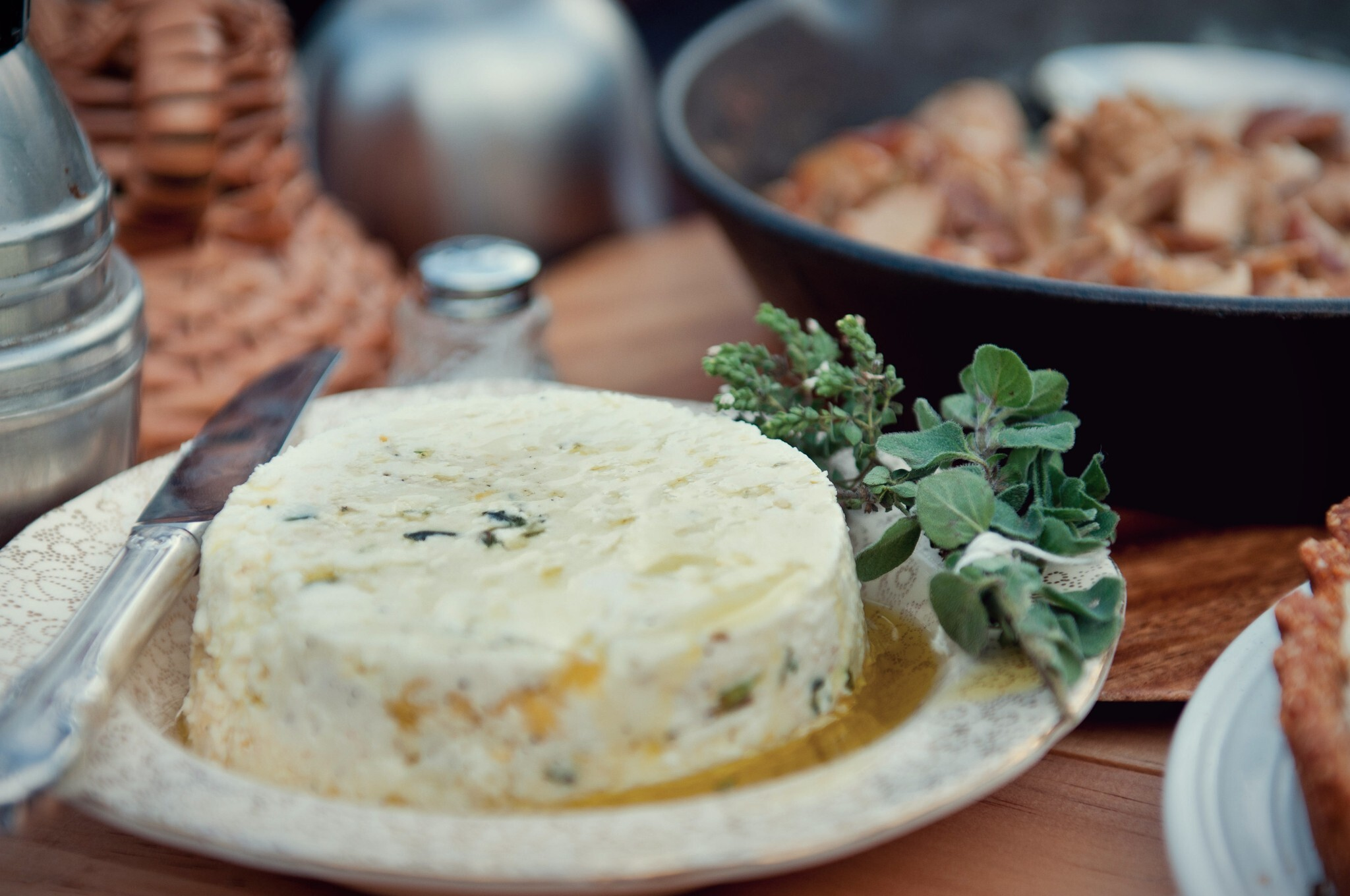 ricotta dip with garlic, thyme, chilli and lemon zest