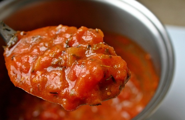 Pizza Sauce Recipe – Basic Tomato Pizza Sauce