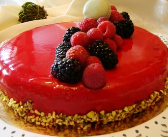 Bavarois aux fruits rouge ( Miroir aux fruits rouge)