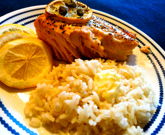 Delicious Baked Salmon w/Capers, Lemon and Thyme