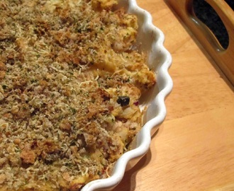 Potato and Salmon Crumble Pie