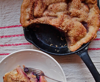 Apple Blueberry pie with spelt pastry.
