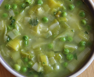 Leek, Pea and Mint Soup