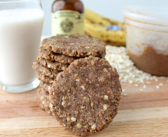 almond butter banana cookies