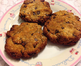 Chocolate Chip and Banana Cookies