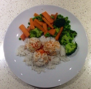 Chicken meatballs, rice and veggies