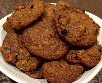 Fruity Choc Oat Cookies