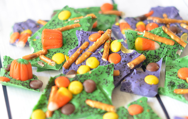 How To Make Pretty, SWEET & Salty Halloween Bark