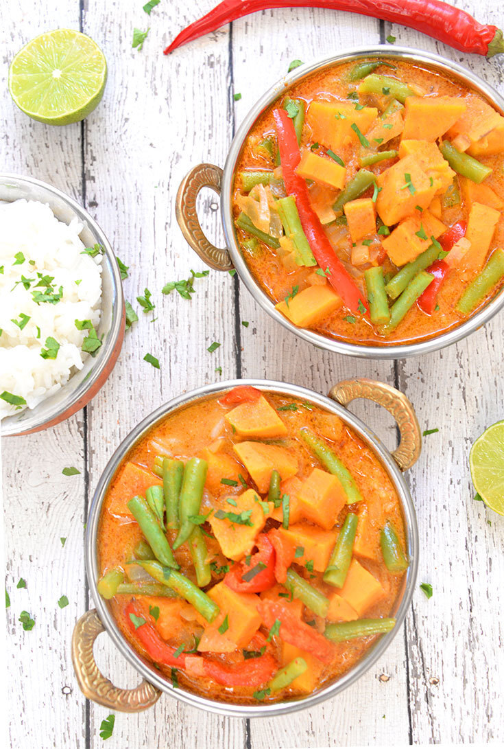 20 Minute Creamy Sweet Potato Thai Red Curry
