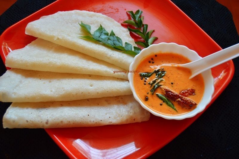 Instant dosa with red coconut chutney