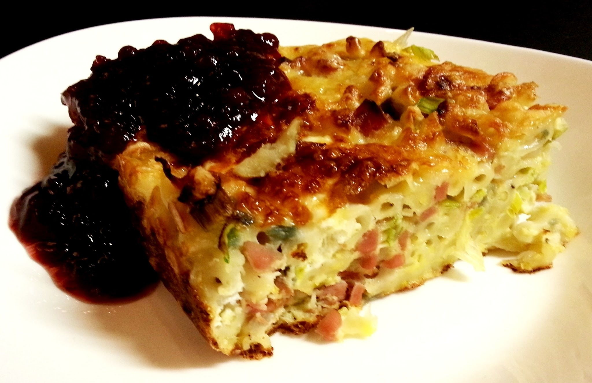 Makaronipudding med Lantkorv & Bacon - Recept