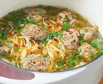 Pork Meatball and Misua Soup