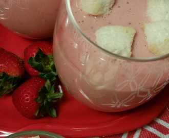 Strawberry Soup with Angel Food Cake Croutons