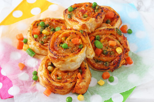 Veggie Pizza Roll Ups