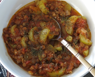 Zucchini Stew with Green Lentils