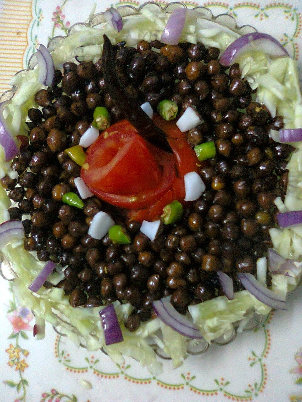 Healthy Snack  –  Black Chickpea (Kala Chana) Chat