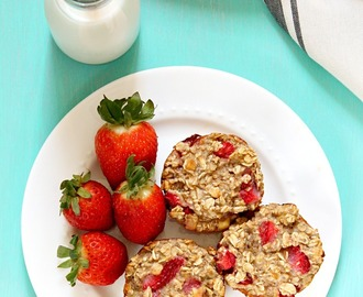 Strawberry Banana Oatmeal Cups