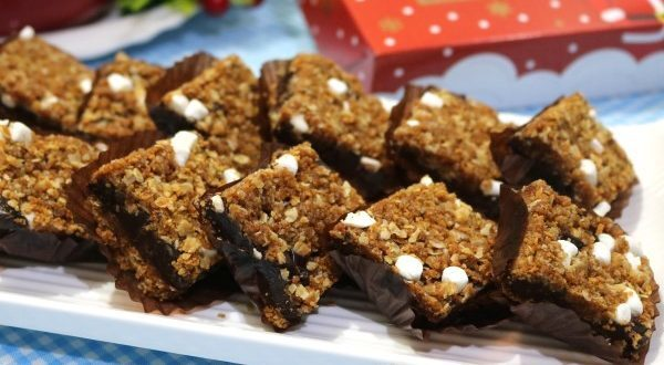 No-Bake Revel Bars Recipe