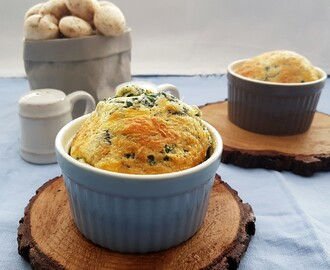 Soufflés de espinaca y queso/ Spinach and cheese soufflés