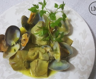 ALCACHOFAS CON ALMEJAS /Artichokes with clams