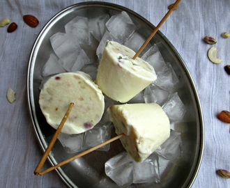 Malai Kulfi/ Indian Ice cream/ Desi Ice cream/ Milk Ice cream