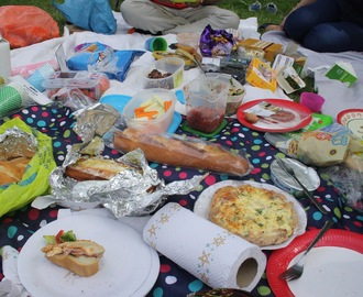 Picnic ideas, tips and recipes