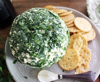 Parsley Feta Cheeseball