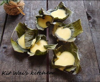 Filipino Steamed Rice cake ( Puto )