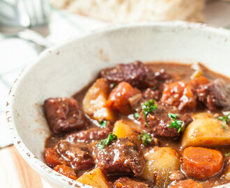 One-Pot Beef Stew (with potatoes)