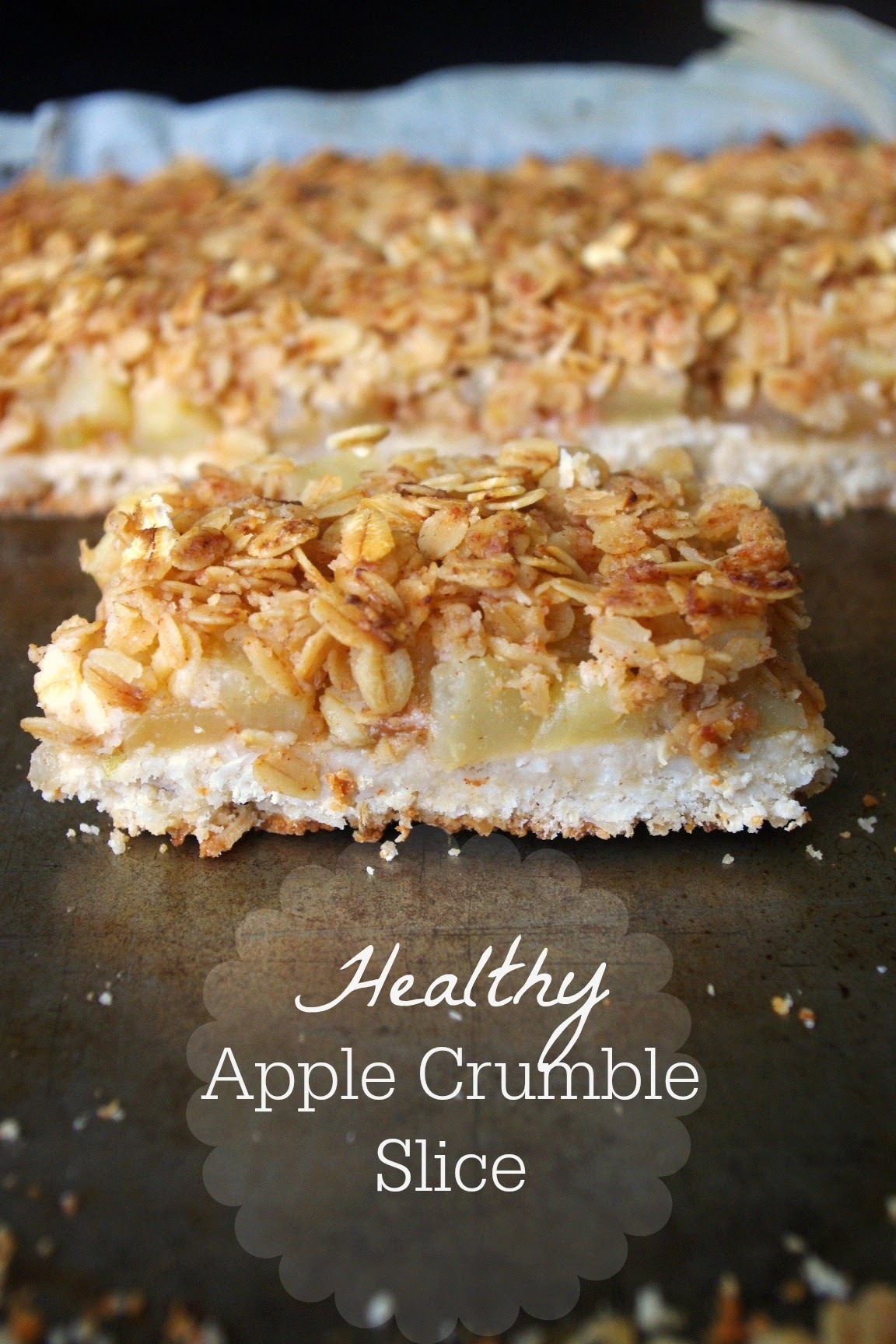 Healthy Apple Crumble Slice: gluten free, no-added sugar