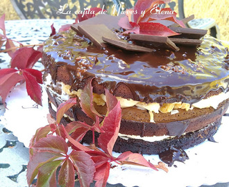 Tarta brownie con queso, coco y nueces